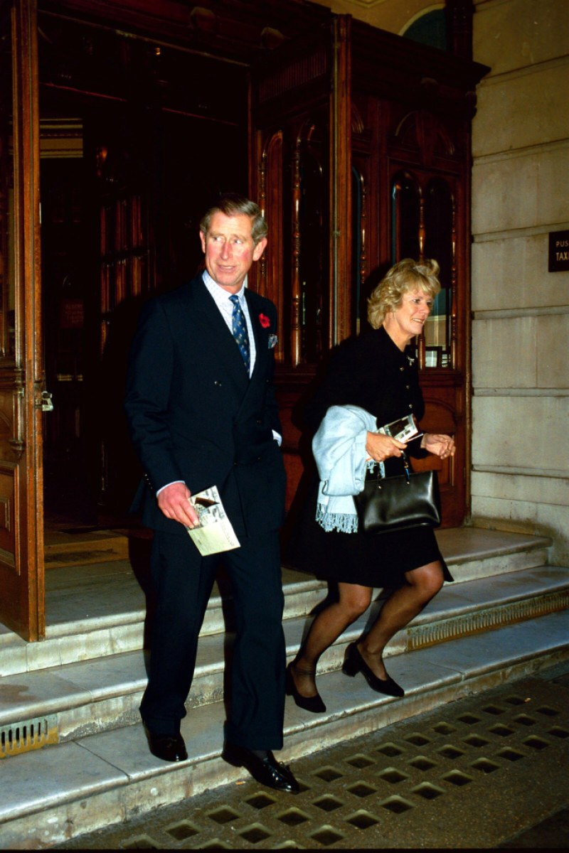 PRINCE CHARLES AND CAMILLA PARKER AT THE ALBERY THEATRE LAST NIGHT, NOV 2ND 1999.