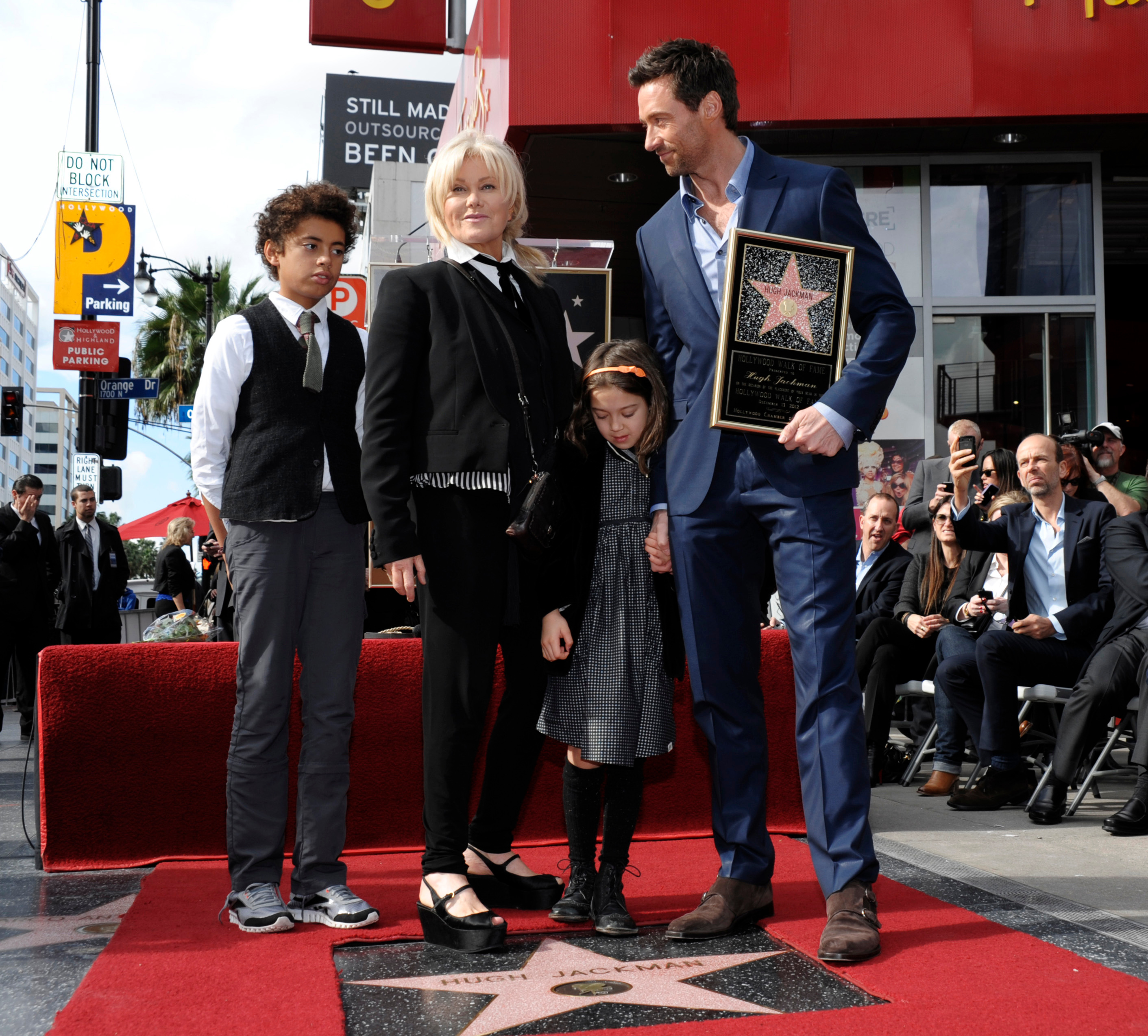 Who Are Hugh Jackman S Kids Meet Son Oscar And Daughter Ava We know how it is; https www closerweekly com posts who are hugh jackmans kids meet son oscar and daughter ava