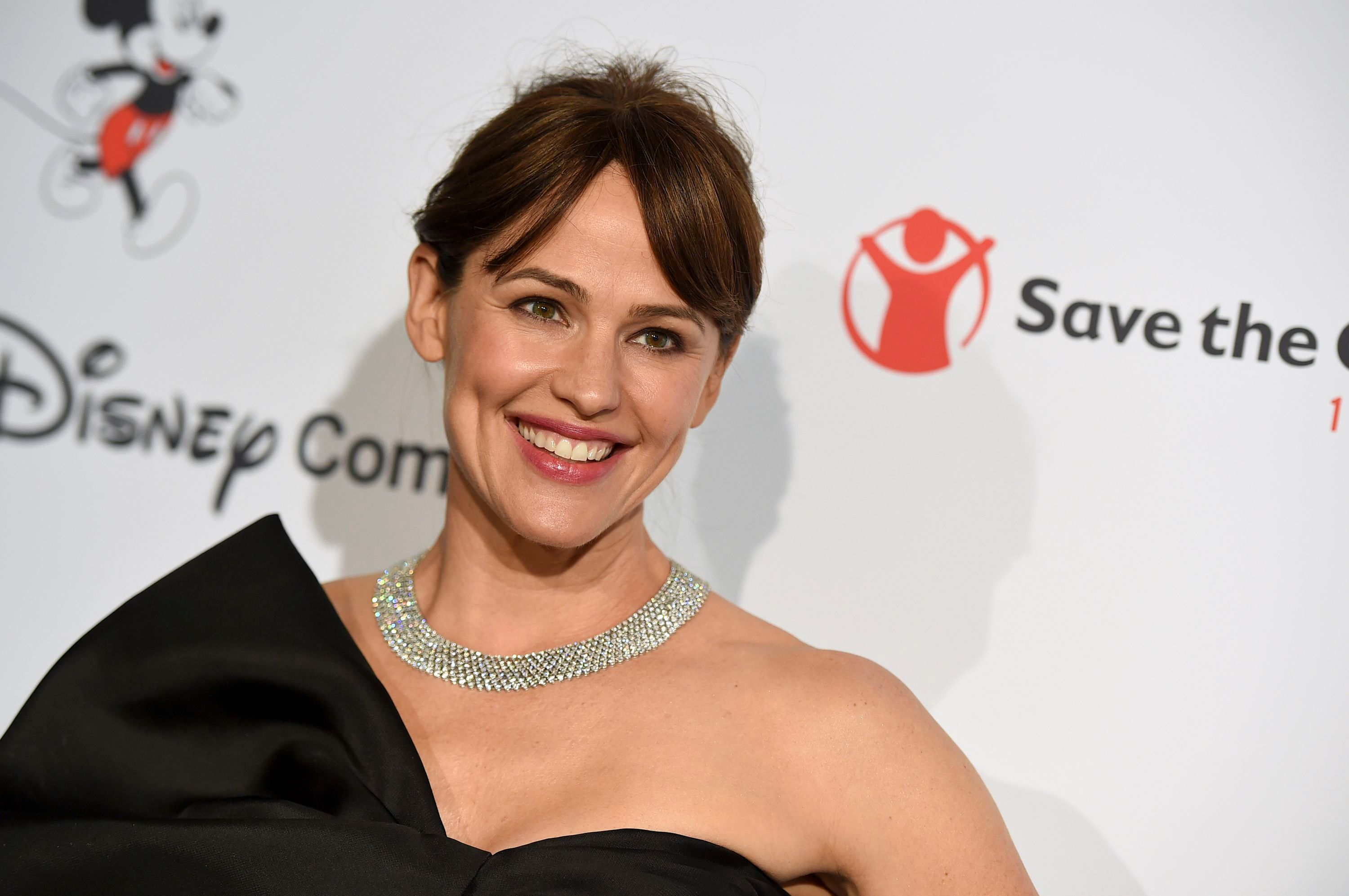 Jennifer Garner Shares Video of Mammogram Experience for Breast Cancer Awareness Month