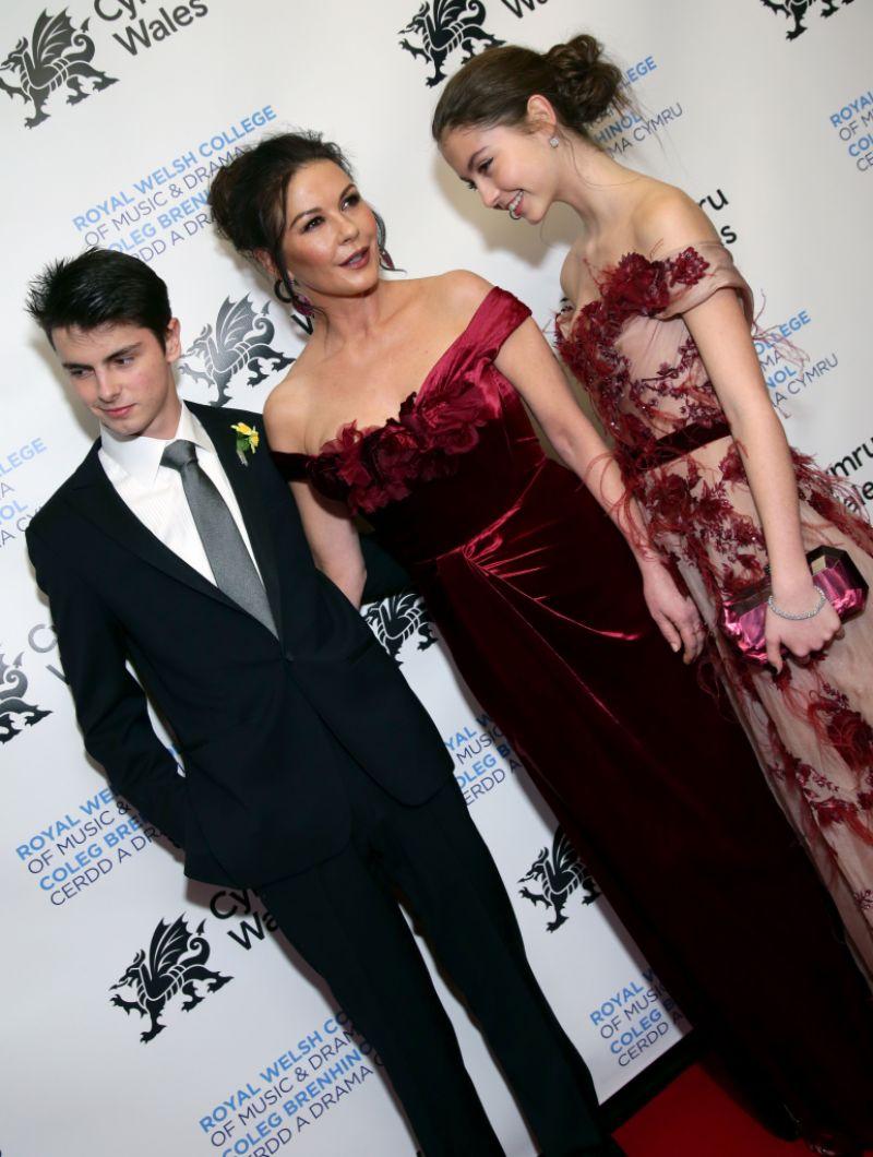 Catherine Zeta Jones Dylan Carys