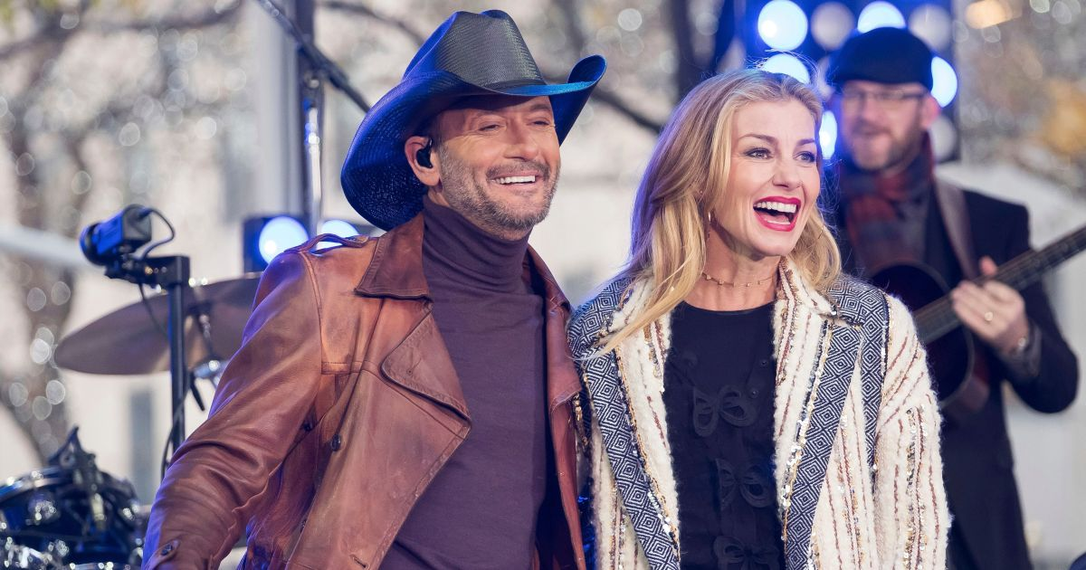 Tim McGraw Gushes Over Faith Hill on 23rd Wedding Anniversary: 'Can't Wait for the Next 50'