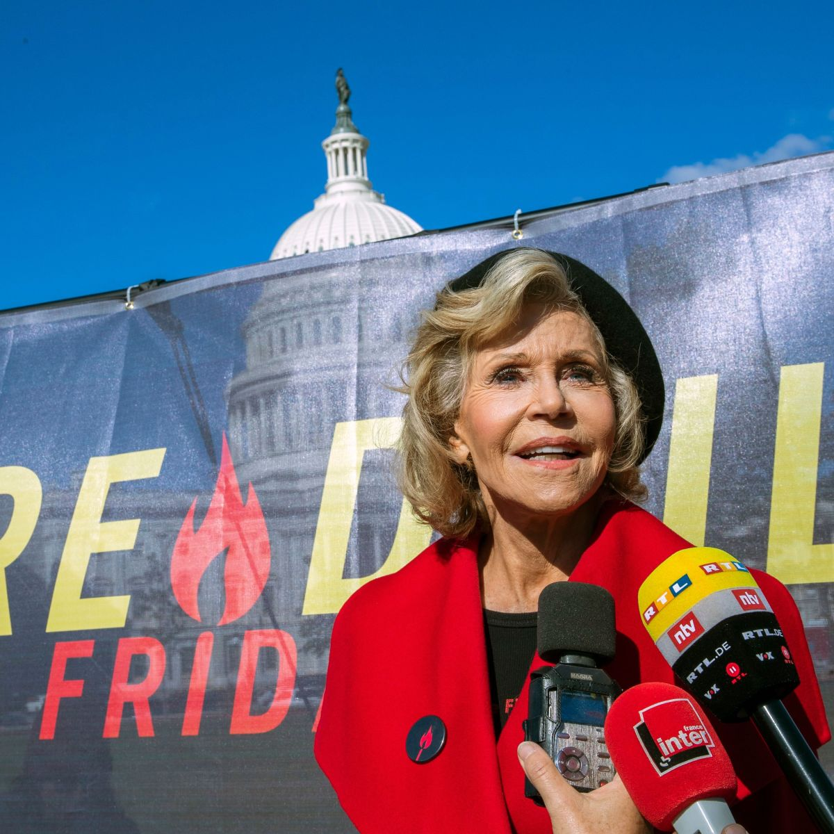 Jane Fonda Arrested Again at Protest — This Time With 'Grace and Frankie' Costar Sam Waterston
