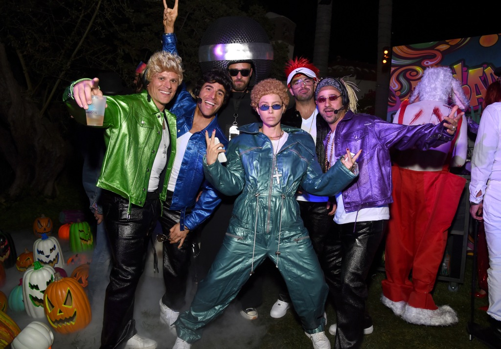 Justin Timberlake dressed up as a microphone and wife Jessica Biel dressed up at Justin Timberlake and the rest of their friends dressed up as other members of 'Nsync