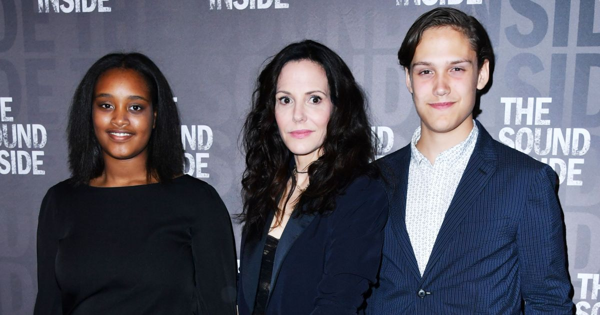 Mary Louise Parker Kids: Meet the 'Weeds' Actress 2 Children
