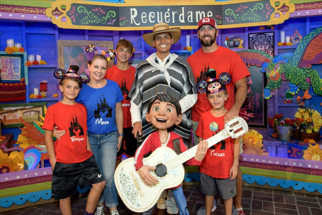 Melissa Joan Hart and Family Visit Disney California Adventure Park