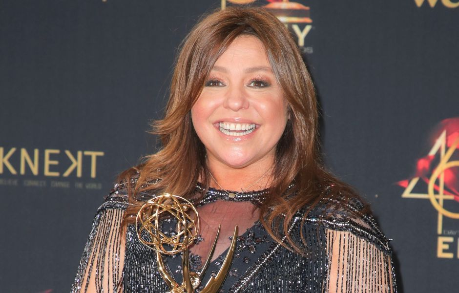 Rachael Ray Holding a Trophy at the 2019 Daytime Emmy Awards