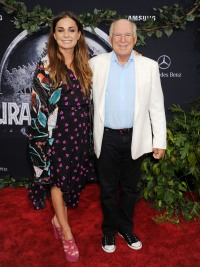 Jimmy-Buffett-with-daughter-Sarah-Delaney-Buffet