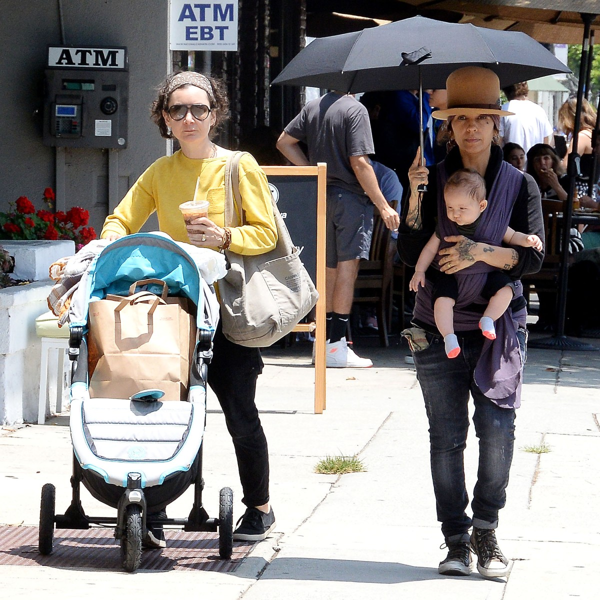 Sara Gilbert and Linda Perry's Love Is so Sweet — 5 Facts About Their Relationship