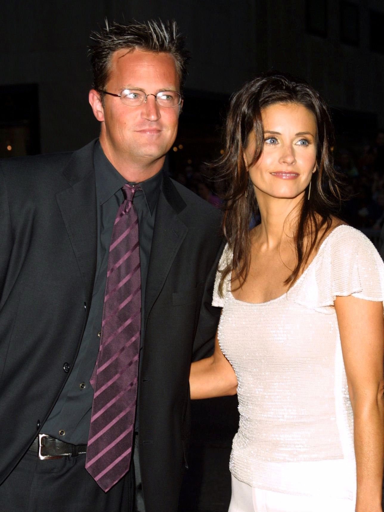 Matthew Perry Hasn T Fully Been Able To Get Over Courteney Cox