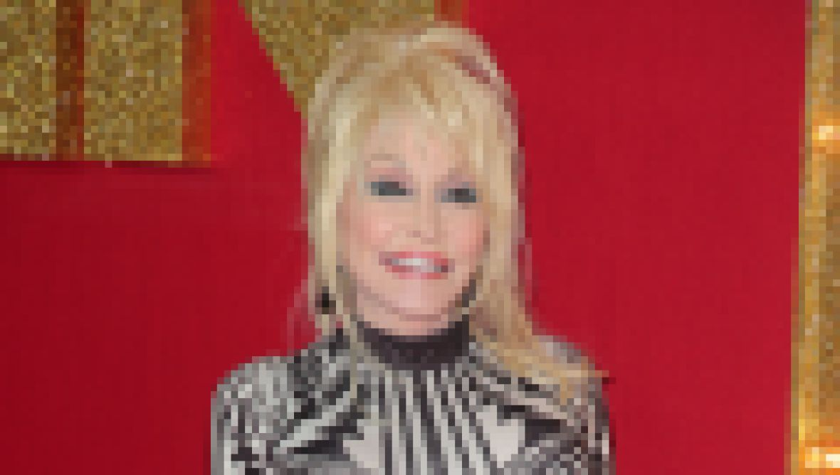 dolly-parton-net-worth