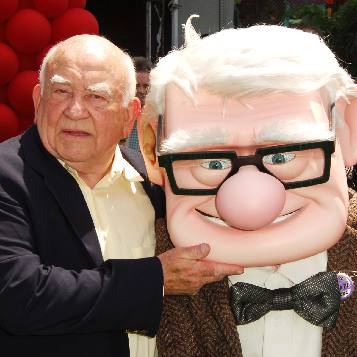 Ed Asner Over The Years See The Late Star S Life In Photos