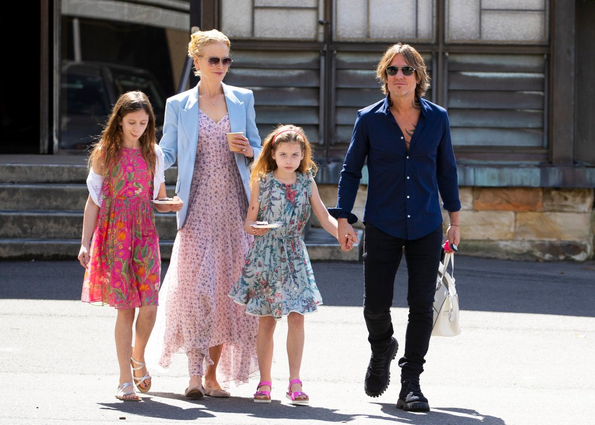 Nicole Kidman and Keith Urban with Daughters Sunday and Faith in December 2018