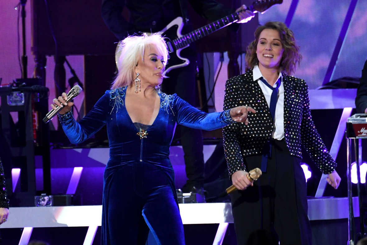 Tanya Tucker and Brandi Carlile Performing at the 2019 CMAs