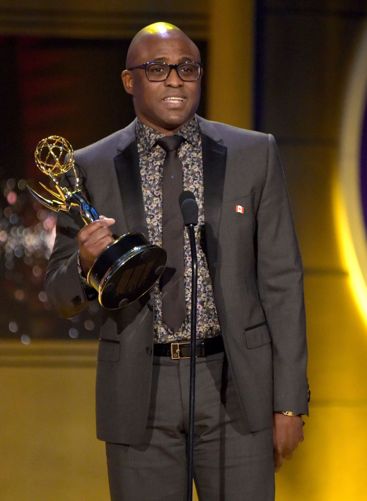 Wayne Brady Winning a Daytime Emmy Award for 'Let's Make a Deal!'