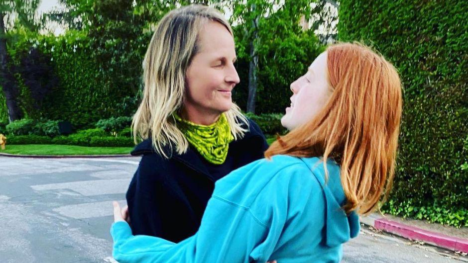 who-are-helen-hunts-kids-meet-son-emmett-daughter-makena