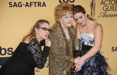 Billie Lourd Carrie Fisher Debbie Reynolds