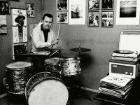 bob-crane-playing-drums