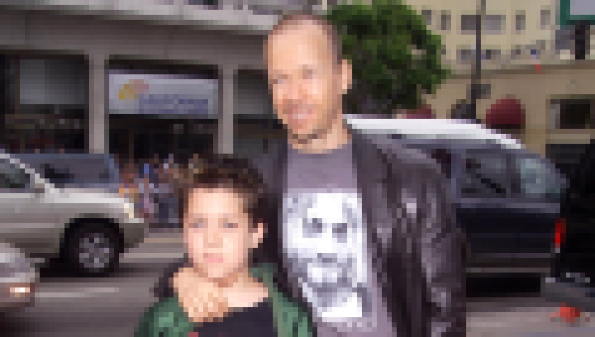 donnie-wahlberg-son