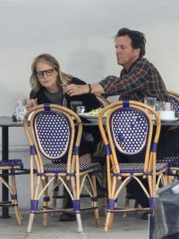 Helen Hunt seen with mystery guy having lunch date before daughter steps in to get her mom to leave