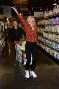 Kelly Ripa and Mark Consuelos With Shopping Cart at Amazon Holiday Event