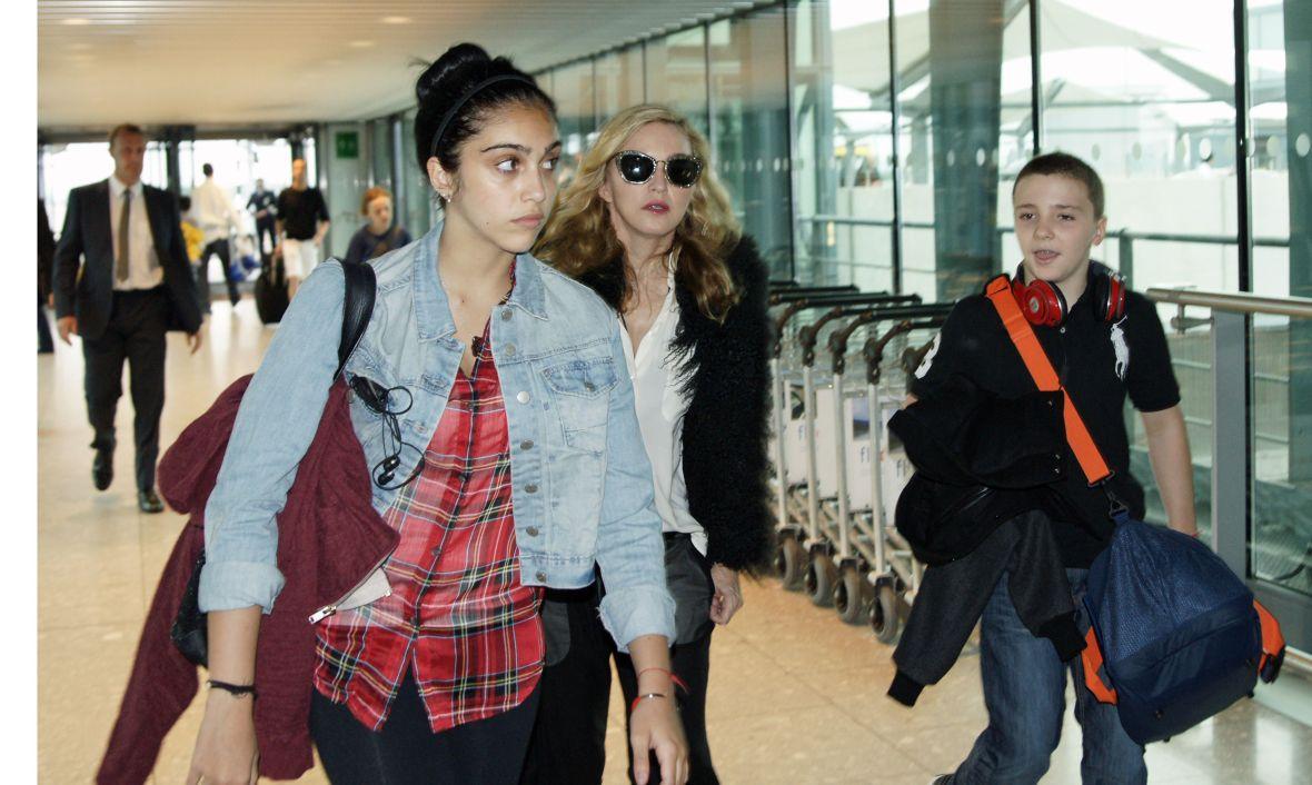 Madonna at London Heathrow Airport, Britain - 04 Sep 2011