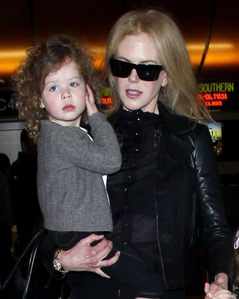 Nicole Kidman and family arriving at the Los Angeles International Airport, America - 26 Mar 2014