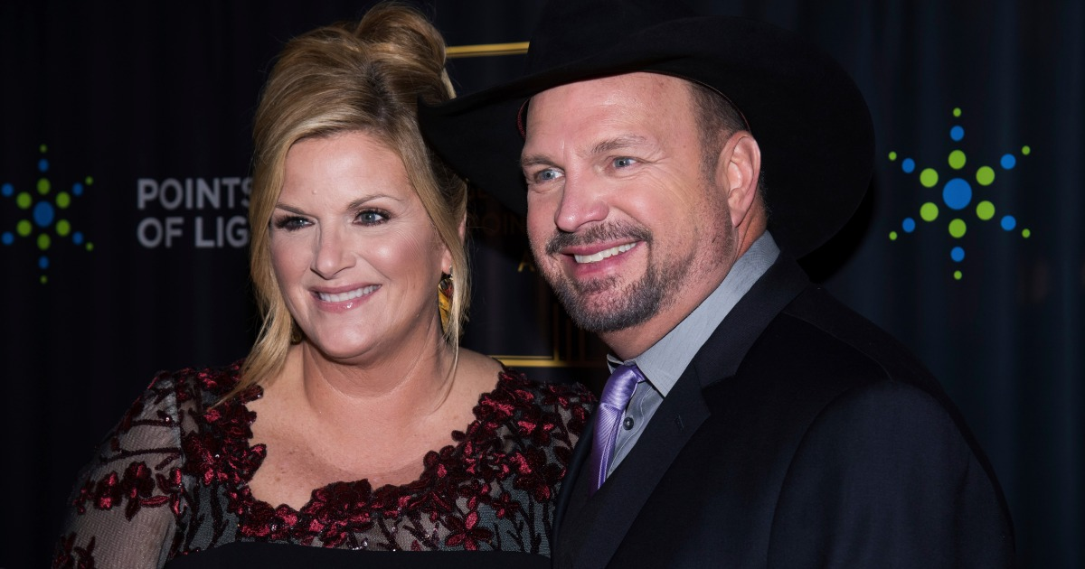 Garth Brooks and Trisha Yearwood Love to 'Decorate the Tree' With Their Family for Christmas