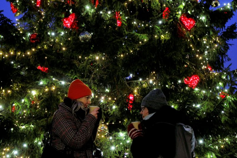 Stores Open on Christmas Day: Where to Shop on the Holidays