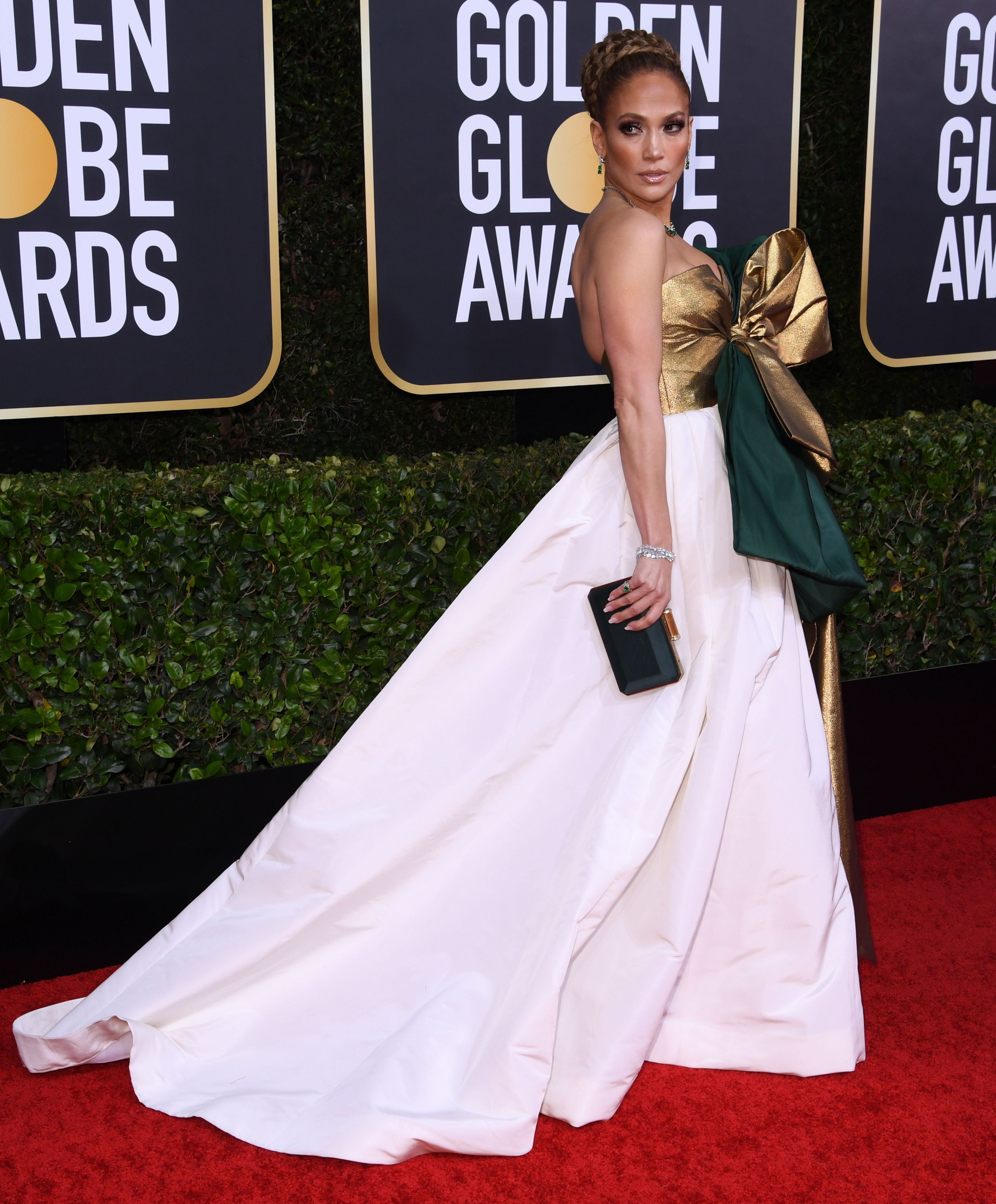 Jennifer Lopez S Golden Globes 2020 Dress See Her Red Carpet Style