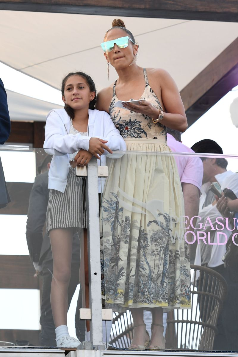 Jennifer Lopez Emme
