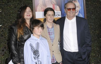 Jack Nicholson and Family at the 'How Do You Know' Premiere