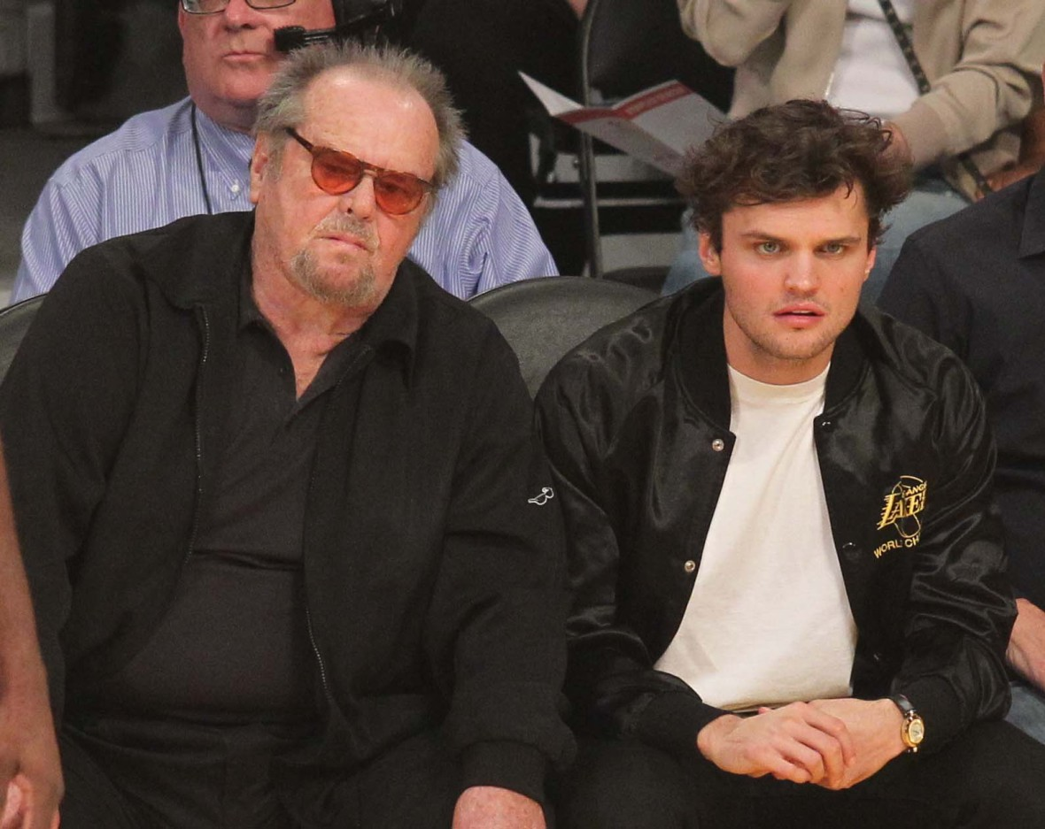 Jack Nicholson S Family Means More To Him Now Is His Legacy Jack nicholson was having the time of his life in los angeles as he chowed down on some fast food at a lakers gamecredit: https www closerweekly com posts jack nicholsons family means more to him now is his legacy