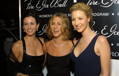 jennifer-aniston-courteney-cox-lisa-kudrow