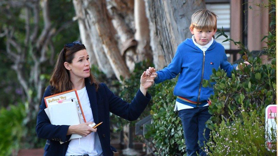 Jennifer Garner treating her son to ice cream.