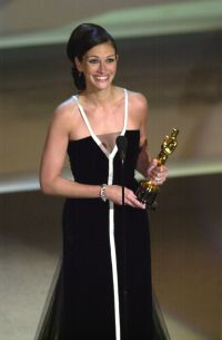 julia-roberts-reveals-the-5-moments-that-changed-her-life
