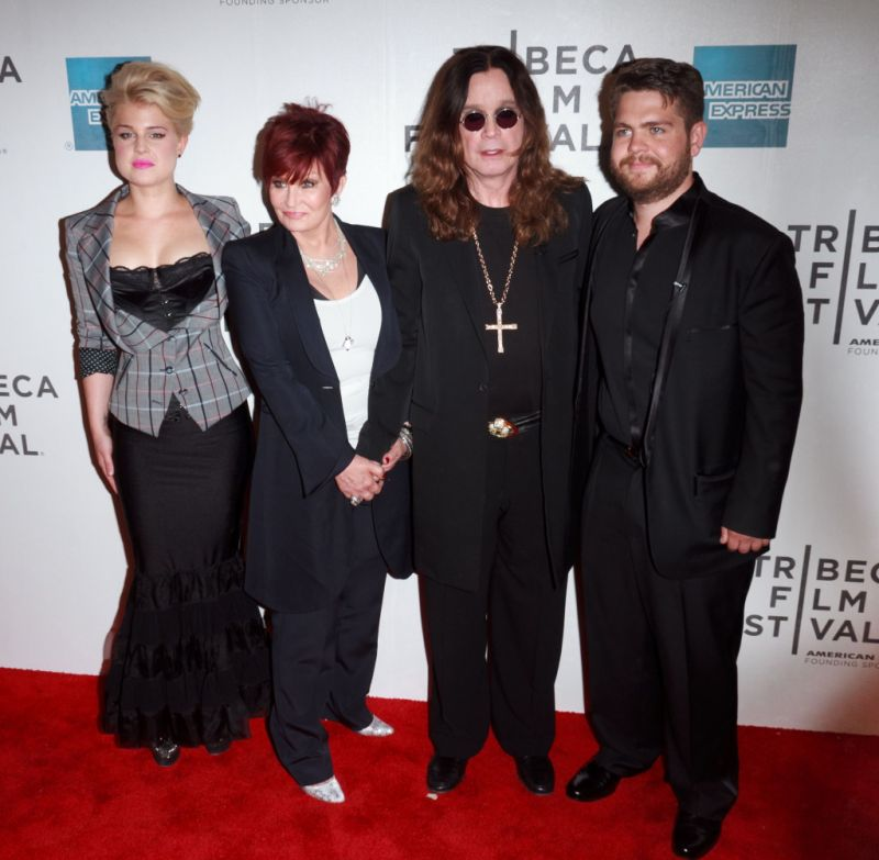 kelly-osbourne-updates-dad-ozzy-health
