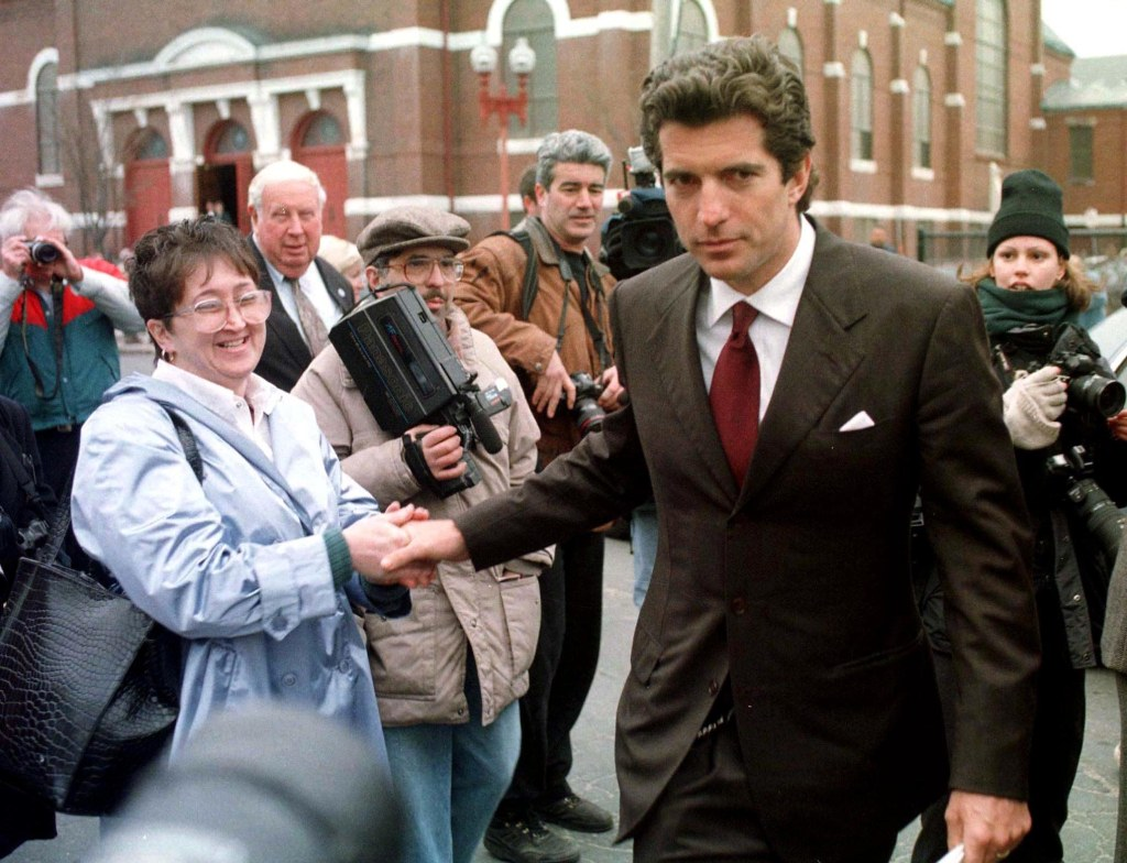 JFK Jr. Could 'Lose His Temper' ... But Was He Capable of Writing a Death Threat to Joe Biden? INLINE 3