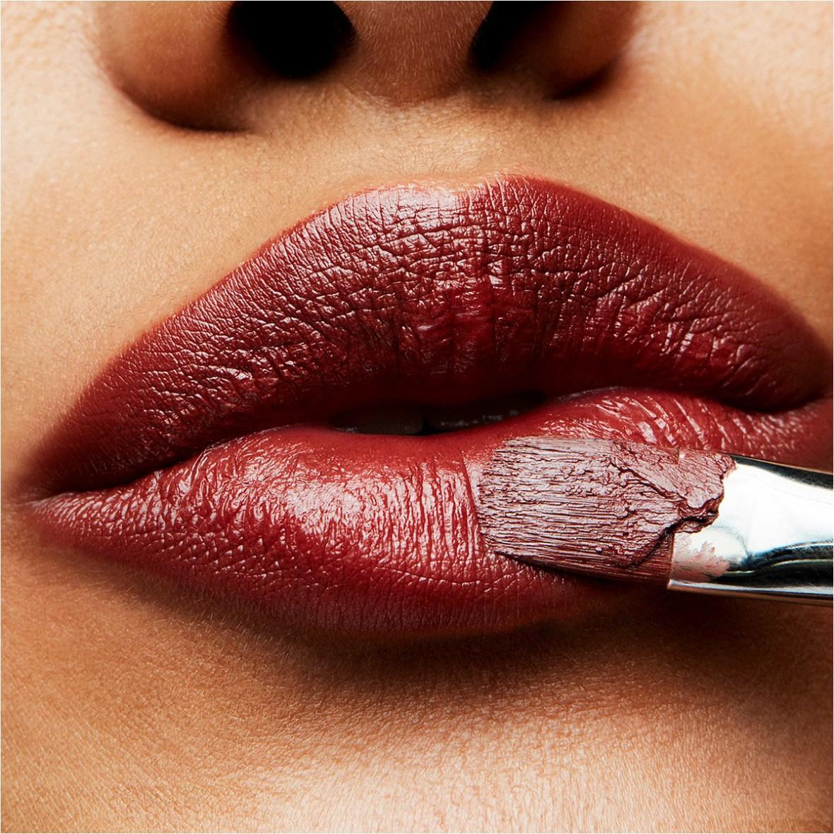 Jennifer-Aniston-lips