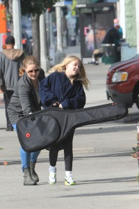 EXCLUSIVE: Amy Adams takes her daughter  Aviana to Music lesson in west hollywood