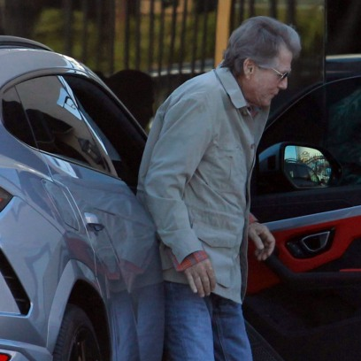 Veteran Hollywood actor Ryan O'Neal, 78, makes a rare public appearance as he is seen at a car leasing company in Venice, Los Angeles.