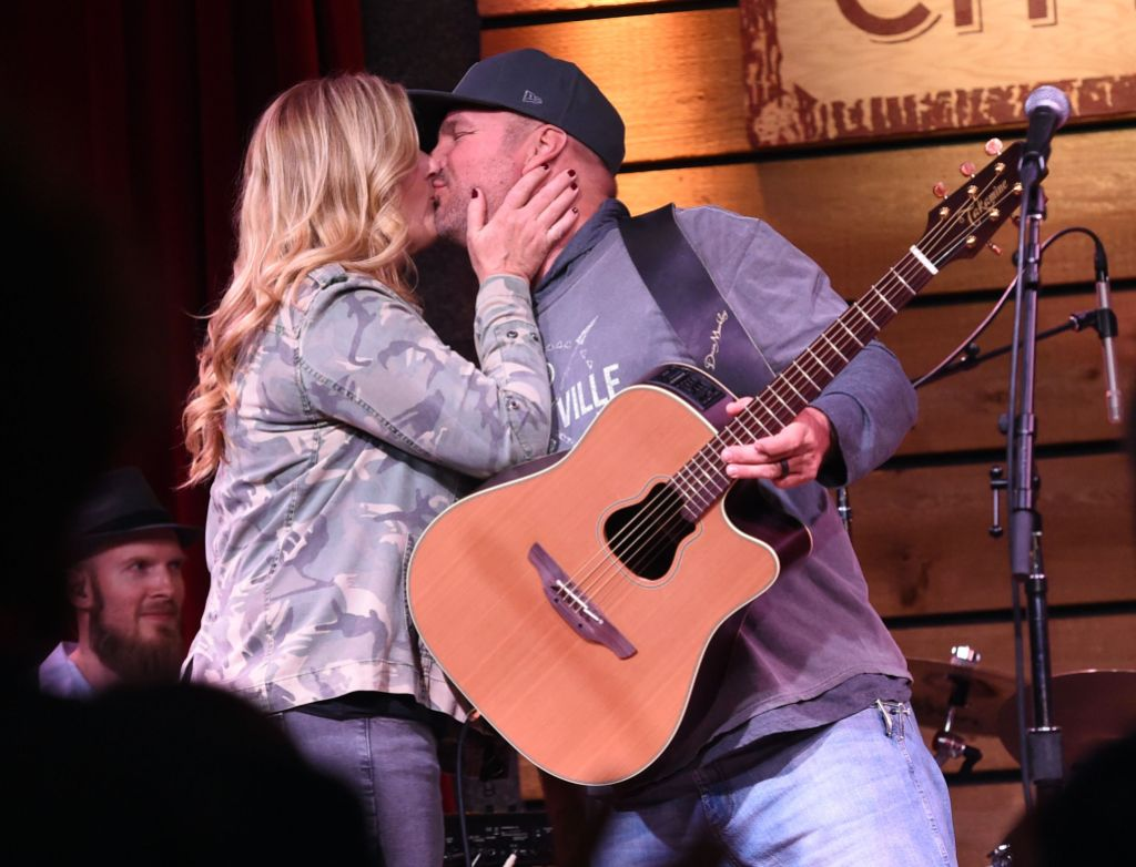 garth-brooks-trisha-yearwood-birthday