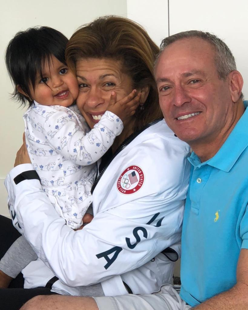 hoda-kotb-joel-schiffman-cutest-family-photos-with-their-kids06