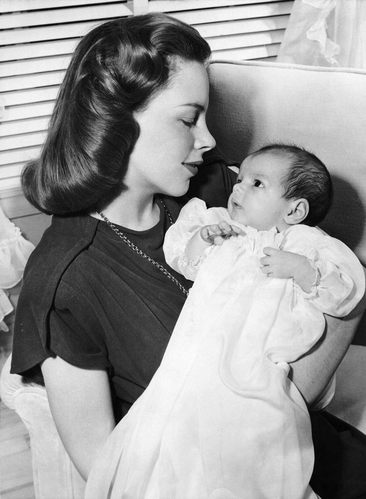 Judy Garland Holding Baby Daughter Liza Minnelli