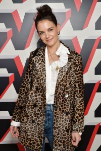katie-holmes-new-york-fashion-week