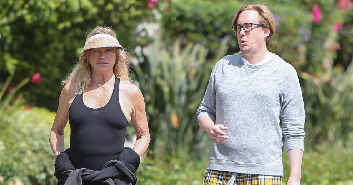Goldie Hawn and Boston Russell Take a Stroll Around L.A ...