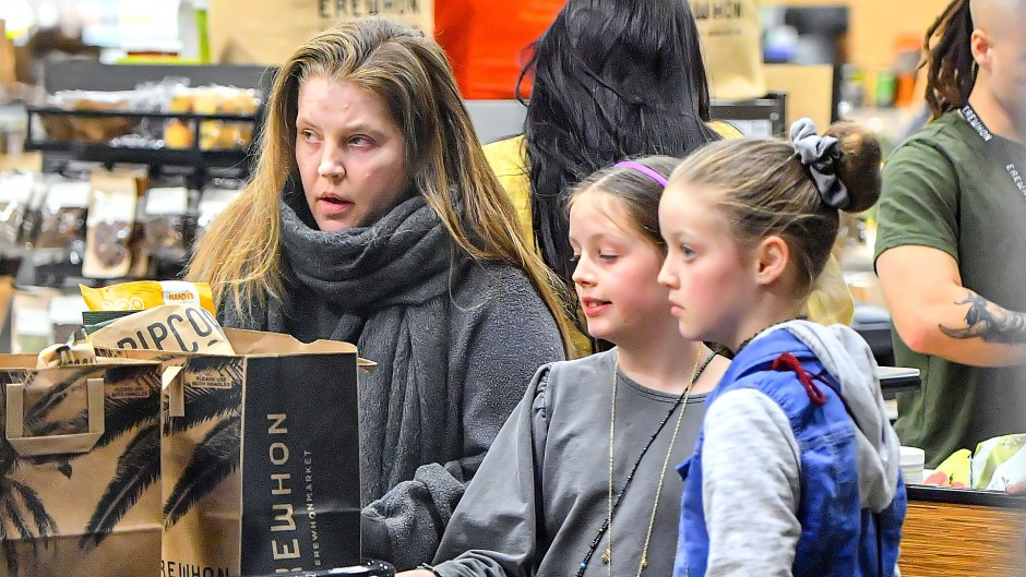 Lisa Marie Presley is spotted grocery shopping with her daughters amid Covid-19 Pandemic in Los Angeles, CA.