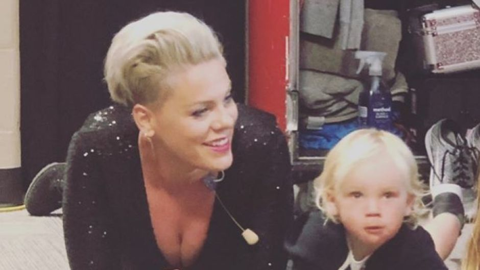 pink-son-jameson-daughter-willow