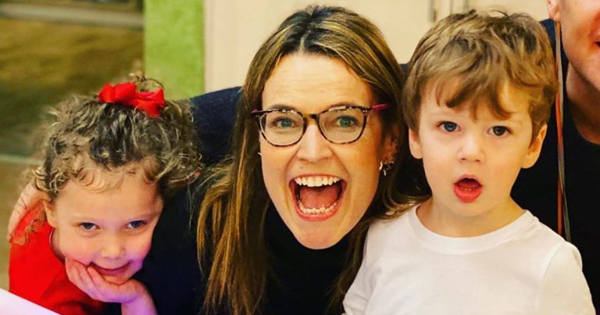 Savannah Guthrie S Daughter Vale Sends Text Saying I Miss You