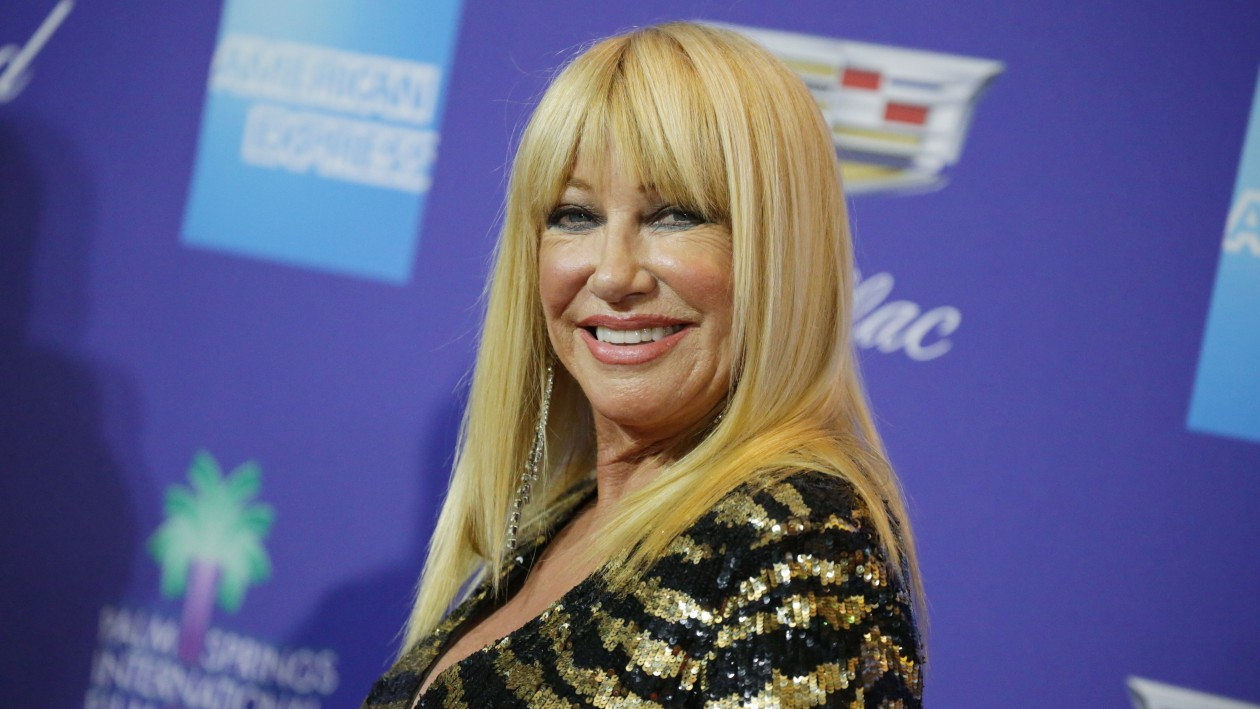 In my birthday suit! Suzanne Somers poses naked as she