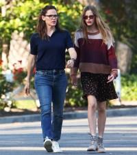Jennifer Garner and Violet Affleck out and about, Los Angeles, USA - 13 Apr 2020